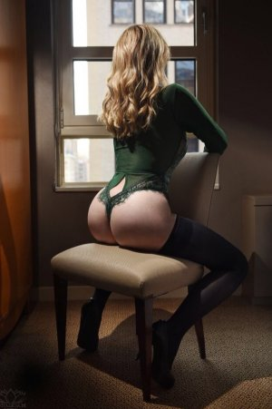 Nastassja happy ending massage in Longview